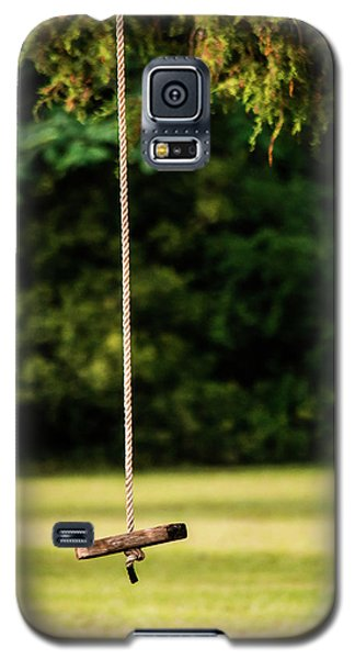 Galaxy S5 Case featuring the photograph Rope Swing  by Shelby Young