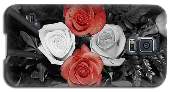 Rose Bouquet Galaxy S5 Case by DigiArt Diaries by Vicky B Fuller
