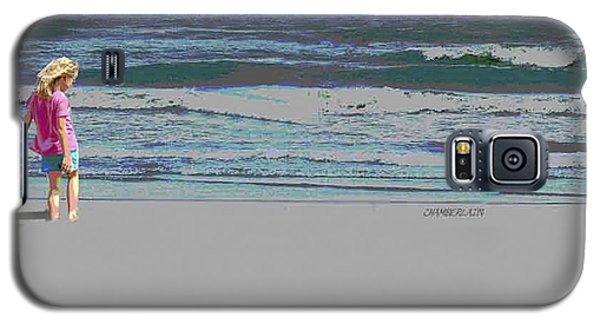 Rosie On The Beach Galaxy S5 Case by Walter Chamberlain