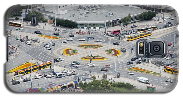 Galaxy S5 Case featuring the photograph Roundabout In Warsaw by Chevy Fleet