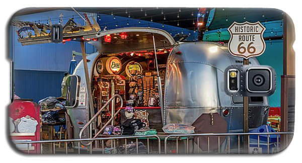 Route 66 And Airstream On Tha Pier Galaxy S5 Case