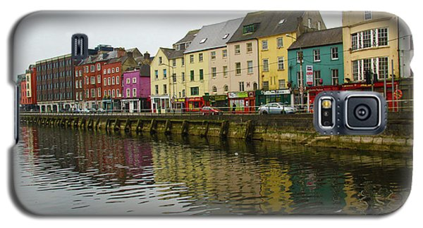 Row Homes On The River Lee, Cork, Ireland Galaxy S5 Case