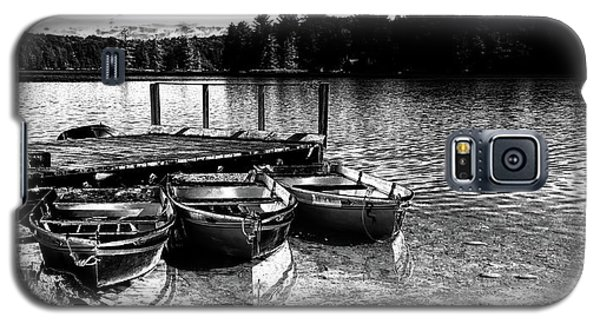 Galaxy S5 Case featuring the photograph Rowboats At The Dock 2 by David Patterson
