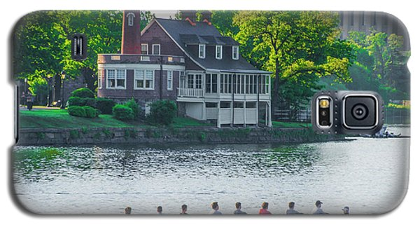 Galaxy S5 Case featuring the photograph Rowing Crew In Philadelphia In The Spring by Bill Cannon