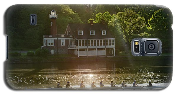 Galaxy S5 Case featuring the photograph Rowing In Front Of Segley Club by Bill Cannon