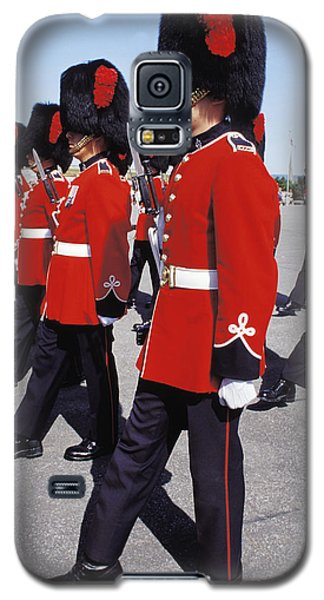 Galaxy S5 Case featuring the photograph Royal Guards In Ottawa by Carl Purcell