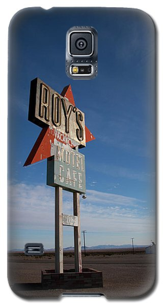 Galaxy S5 Case featuring the photograph Roys In Amboy by Matthew Bamberg