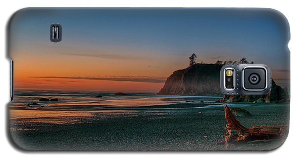 Galaxy S5 Case featuring the photograph Ruby Beach Sunset by Mary Jo Allen