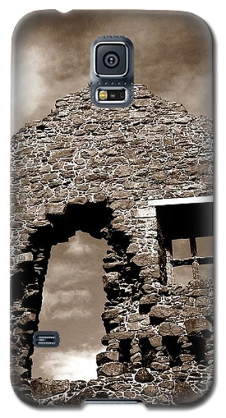 Ruins At Dunluce Galaxy S5 Case