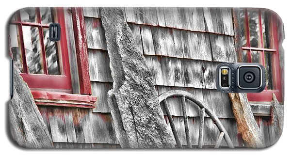 Galaxy S5 Case featuring the photograph Rural Delights by Richard Bean
