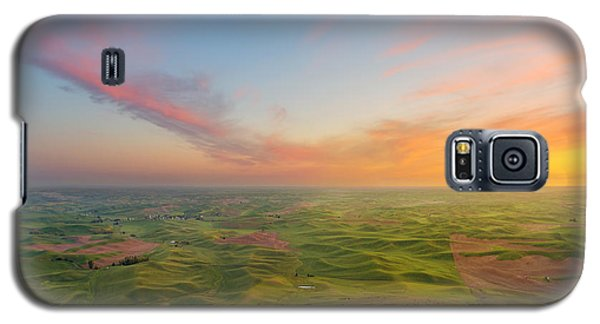 Galaxy S5 Case featuring the photograph Rural Setting by Ryan Manuel