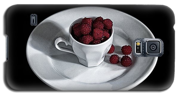 Ruspberries In The Cup - Livid Still-life Galaxy S5 Case