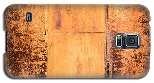 Galaxy S5 Case featuring the photograph Rust On Metal Texture by John Williams