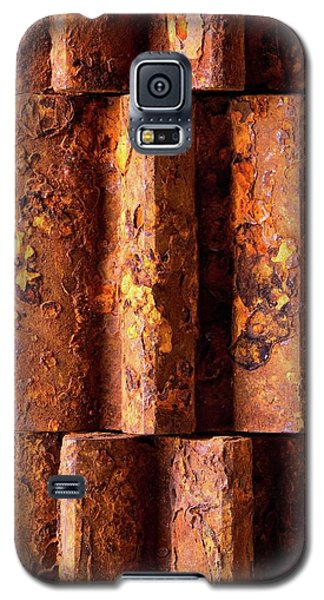 Rusted Gears 2 Galaxy S5 Case by Jim Hughes