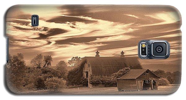 Rustic Barn 2 Galaxy S5 Case