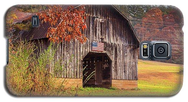 Rustic Barn In Autumn Galaxy S5 Case