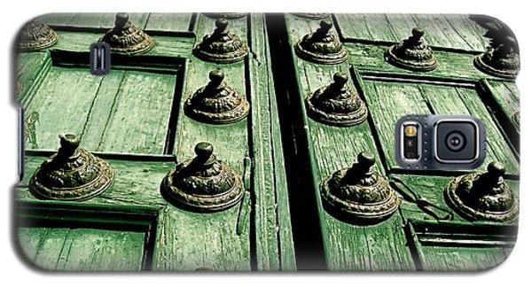 Rustic Church Door Galaxy S5 Case by Valerie Rosen