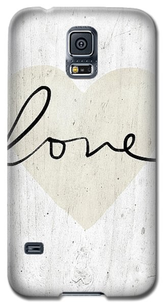 Galaxy S5 Case featuring the mixed media Rustic Love Heart- Art By Linda Woods by Linda Woods