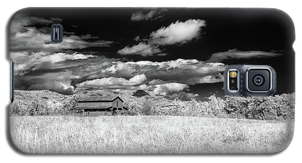 S C Upstate Barn Bw Galaxy S5 Case