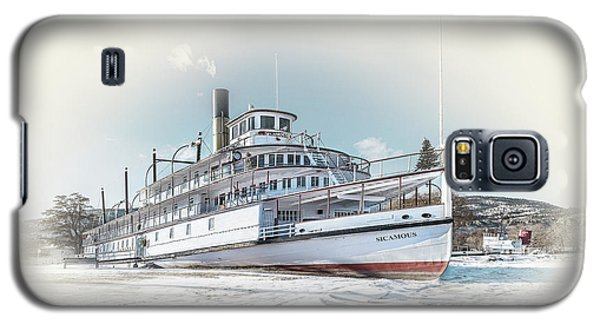 Galaxy S5 Case featuring the photograph S. S. Sicamous II by John Poon