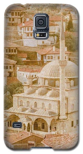 Galaxy S5 Case featuring the photograph Safranbolu, Turkey - Izzet Pasha Cami by Mark Forte