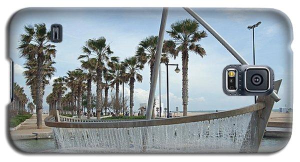 Sail Boat Fountain In Valencia Galaxy S5 Case