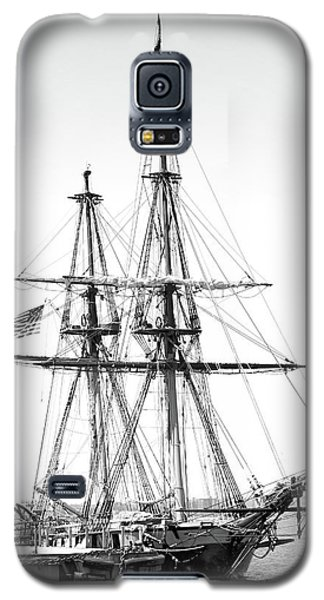 Sailboat Docked In Cleveland Harbor Galaxy S5 Case