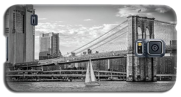 Sailboat On The East River Galaxy S5 Case