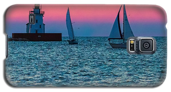 Sailing At The Cleveland Lighthouse  Galaxy S5 Case