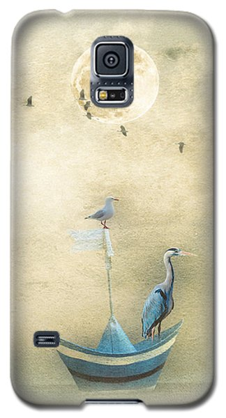 Sailing By The Moon Galaxy S5 Case by Chris Armytage