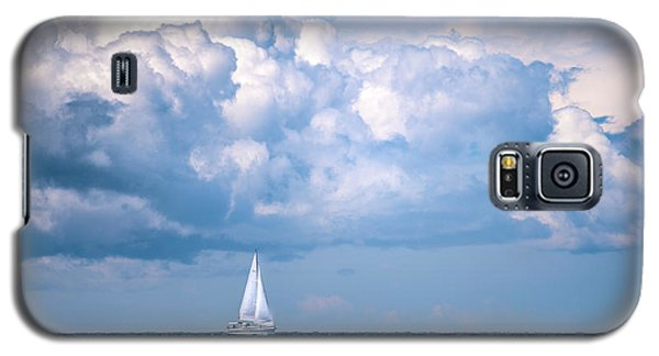Sailing Under The Clouds Galaxy S5 Case