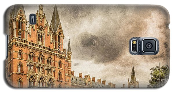 London, England - Saint Pancras Station Galaxy S5 Case