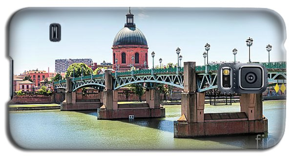 Galaxy S5 Case featuring the photograph Saint-pierre Bridge In Toulouse by Elena Elisseeva
