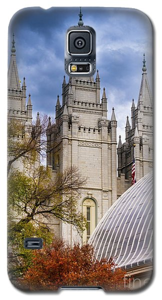 Galaxy S5 Case featuring the photograph Salt Lake Lds Temple And Tabernacle - Utah by Gary Whitton