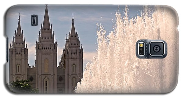 Galaxy S5 Case featuring the photograph Salt Lake Temple And Fountain by Rona Black