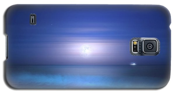 Galaxy S5 Case featuring the photograph Salt Moon by Mark Andrew Thomas
