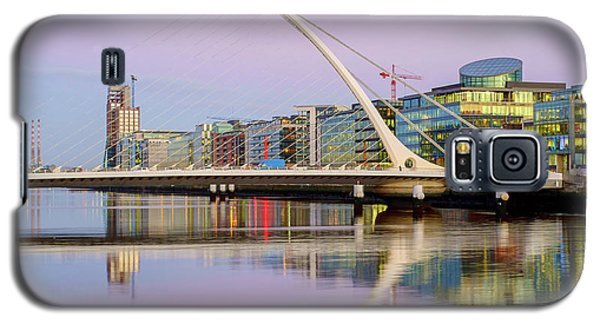 Samuel Beckett Bridge At Dusk Galaxy S5 Case