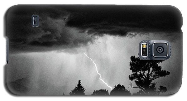 Galaxy S5 Case featuring the photograph San Juan Strike by Kevin Munro