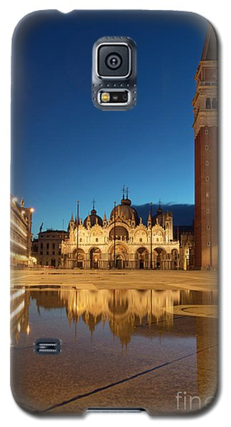 Galaxy S5 Case featuring the photograph San Marco Twilight by Brian Jannsen