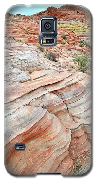 Galaxy S5 Case featuring the photograph Sandstone Wash In Valley Of Fire by Ray Mathis