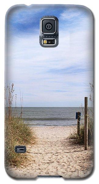Sandy Path Leading To Beach Galaxy S5 Case
