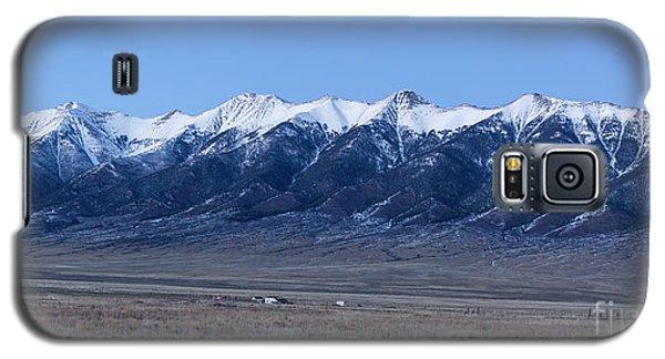 Sangre De Cristo Galaxy S5 Case - Sangre De Cristo Mountains In Evening by Twenty Two North Photography