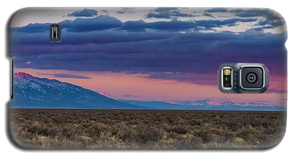 Sangre De Cristo Galaxy S5 Case - Sangre De Cristo Sunset by Twenty Two North Photography
