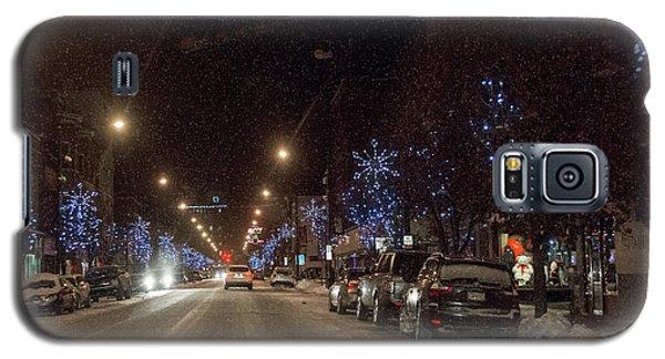 Galaxy S5 Case featuring the photograph Santa Visits Bradford by Wade Aiken