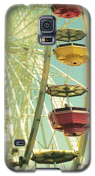 Galaxy S5 Case featuring the photograph Santa Monica Ferris Wheel by Douglas MooreZart