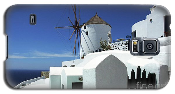 Galaxy S5 Case featuring the photograph Santorini Greece Architectual Line 5 by Bob Christopher