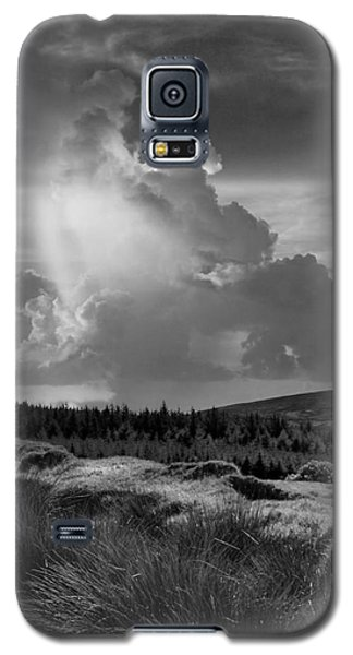 Scattering Clouds Over The Cronk Galaxy S5 Case