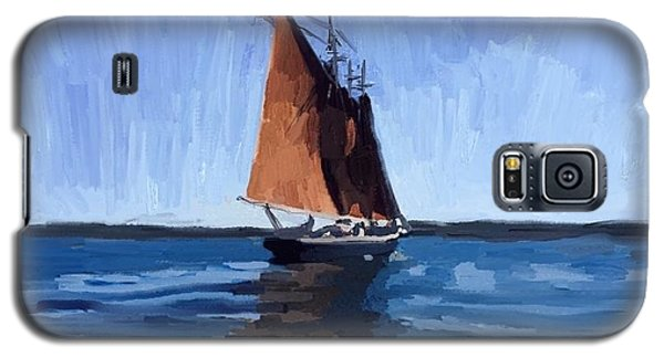 Galaxy S5 Case - Schooner Roseway In Gloucester Harbor by Melissa Abbott