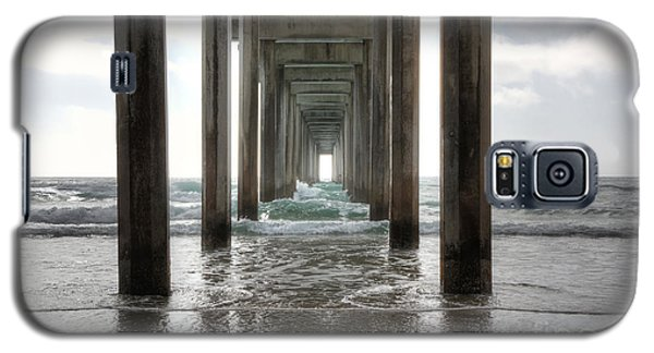 Scripps Pier Galaxy S5 Case by Eddie Yerkish