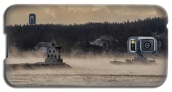 Sea Smoke At Rockland Breakwater Light Galaxy S5 Case